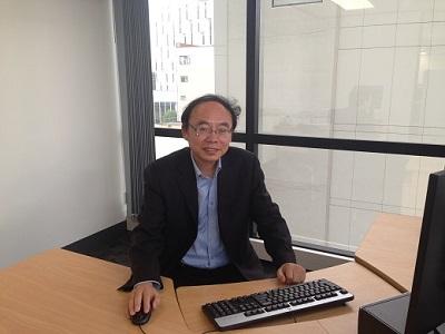 Prof.J.Yang at KEDRI