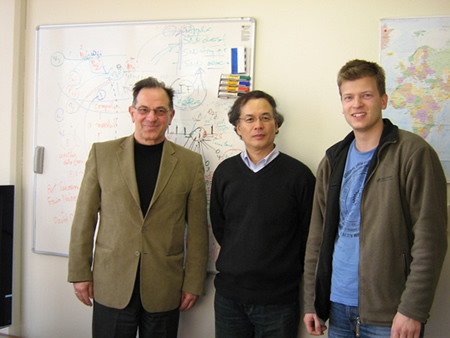From left to right: Prof. Nikola Kasabov (KEDRI), Prof. Hiroshi Kojima (Tamagawa University), Stefan Schliebs (KEDRI)