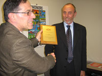 Prof Mario Fedrizzi from the University of Trento, Italy was presented with the KEDRI Distinguished Scientist Awards in recognition of his excellence in research.